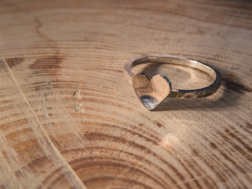el-trebol-de-4-joyeria-de-autor-anillo-corazon-entero