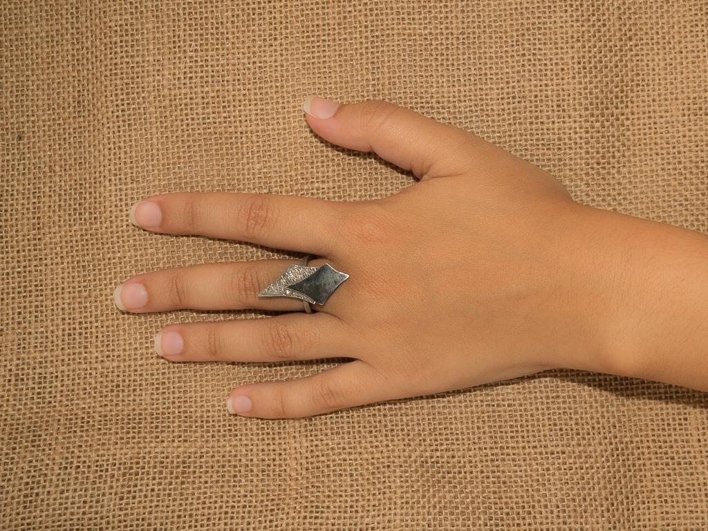 el-trebol-de-4-joyeria-de-autor-anillo-modelo-rombos