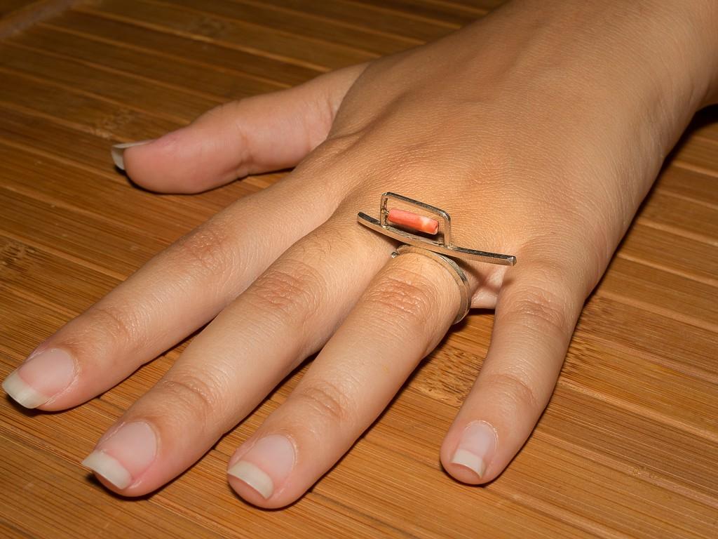 el-trebol-de-4-joyeria-de-autor-anillo-modelo.caminos