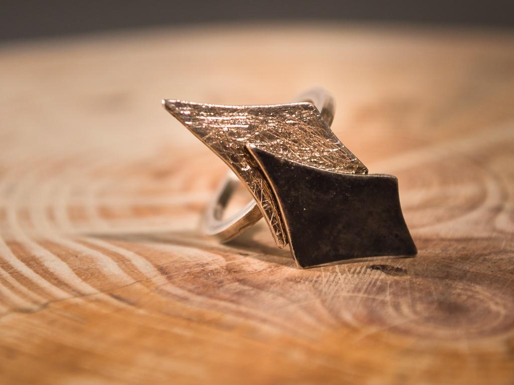 el-trebol-de-4-joyeria-de-autor-anillo-rombos