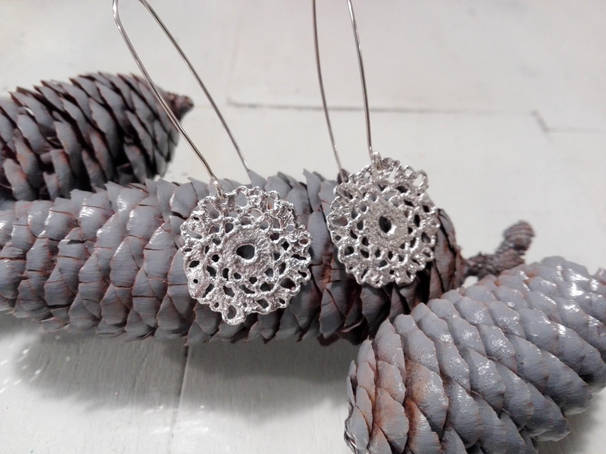 el-trebol-de-4-joyeria-de-autor-pendientes-largos-pulido-ajuar