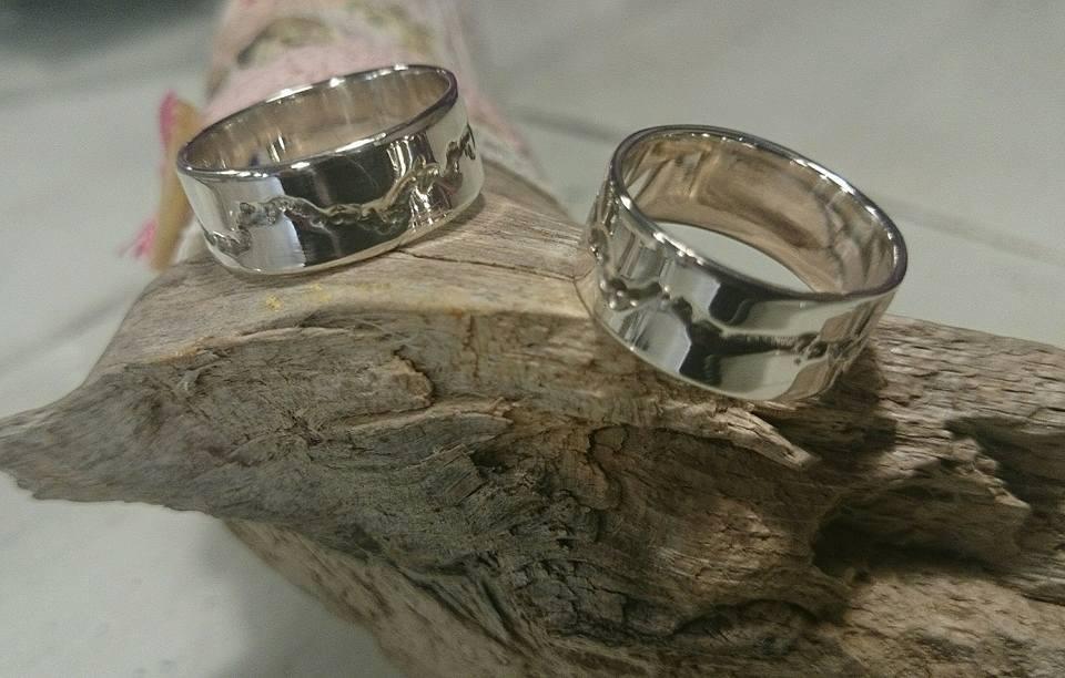 Alianza de boda LATIDOS
