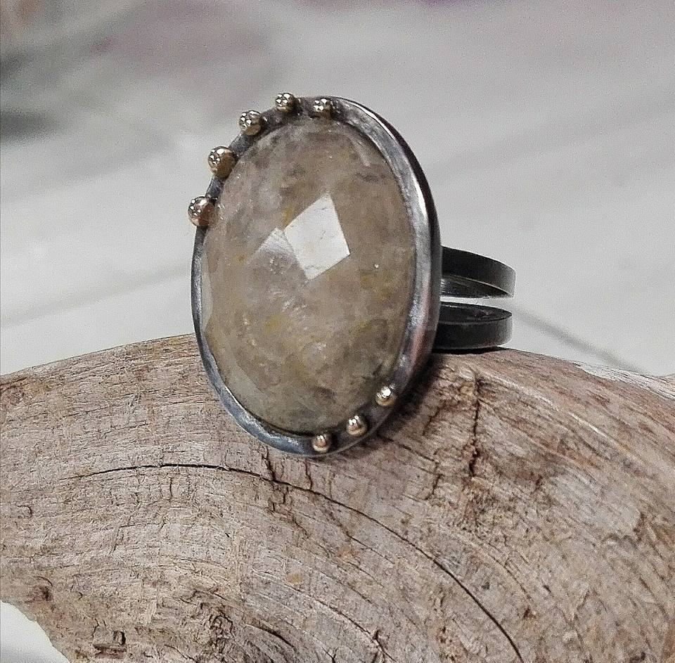 El-trebol-de-4-joyeria-de-autor-anillo-cuarzo-oro-plata