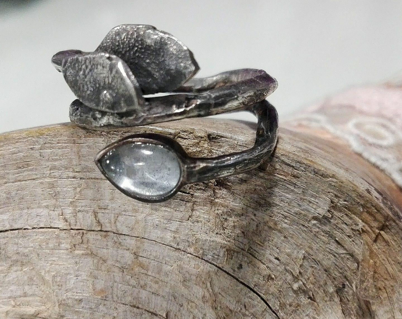 El-trebol-de-4-joyeria-de-autor-anillo-plata-aguamarina