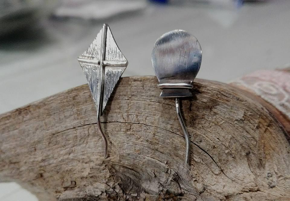 el-trebol-de-4-joyas-de-autor-pendientes-plata-cometa-globo